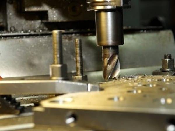 Carpenteria-metallica-conto-terzi-Maranello